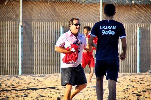 اوکتاویو: حضور بازیکنان جوان در تیم بسیار مثبت است